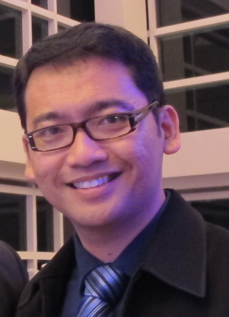 Dokter Lutut Surabaya Benedictus Megaputerasurabaya Knee Center